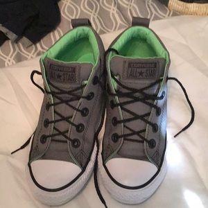 Converse mid top sneaker